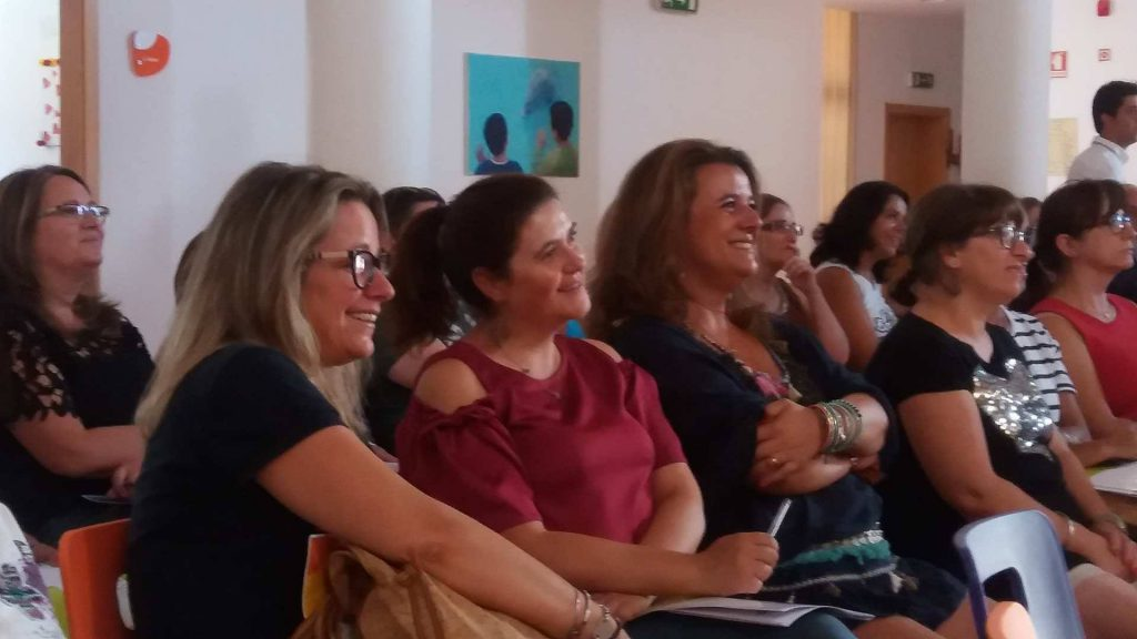 Formaçao: Auto motivação, entusiasmo e trabalho de equipa