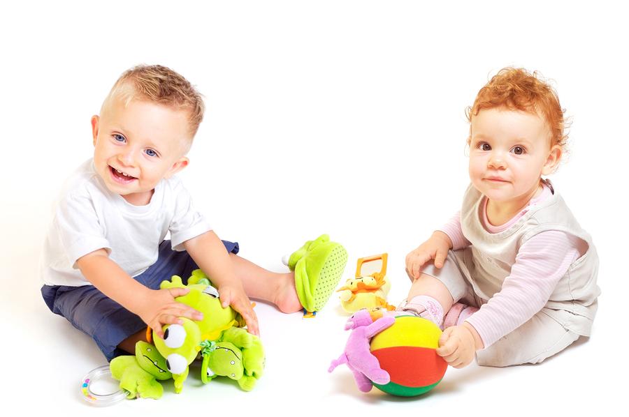 Os Primeiros Brinquedos